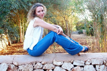 jean top blanc look casual minimaliste blog mode french blogger blogueuse toulouse jean flare