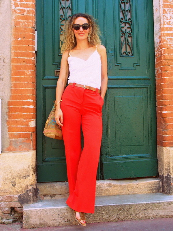 ootd outfit look tenue pantalon patte d'eph flare pantalon rouge Tara Jarmon inspiration 70's blogueuse blog mode toulouse rock my casbah