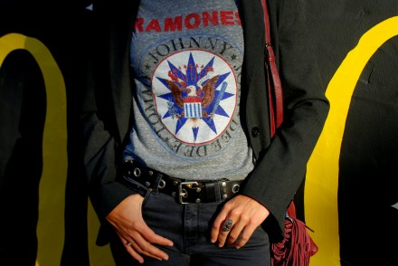t shirt the ramones look rock western outfit blog mode fashion blogger rock my casbah