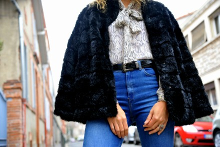 faux fur manteau fausse fourrure jean flare inspiration 70's seventies style outfit winter ootd blog mode fashion blogger toulouse