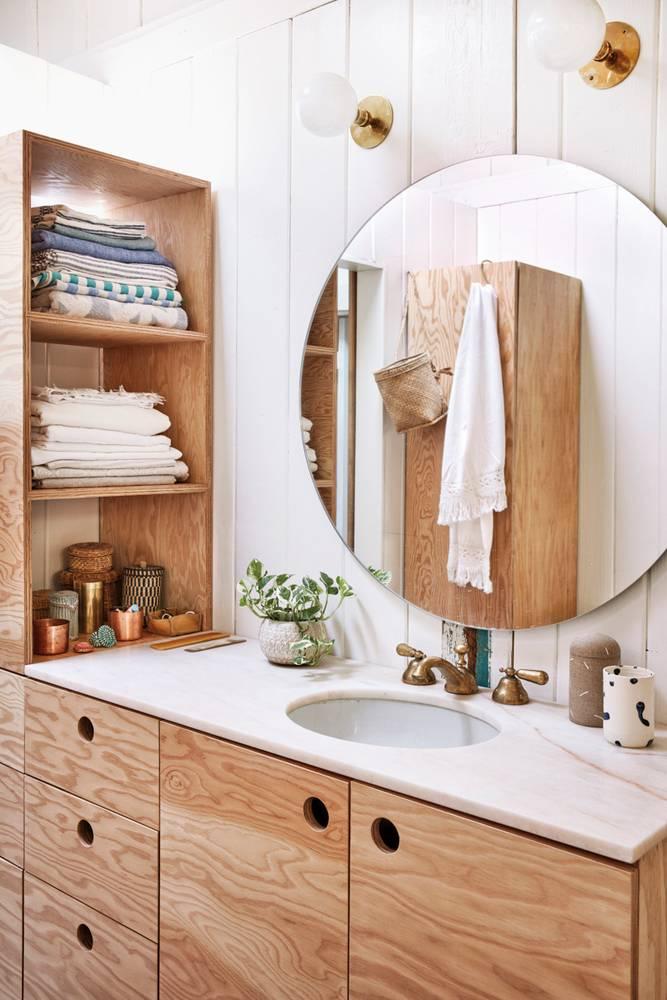 salle-de-bain-bois-et-blanc