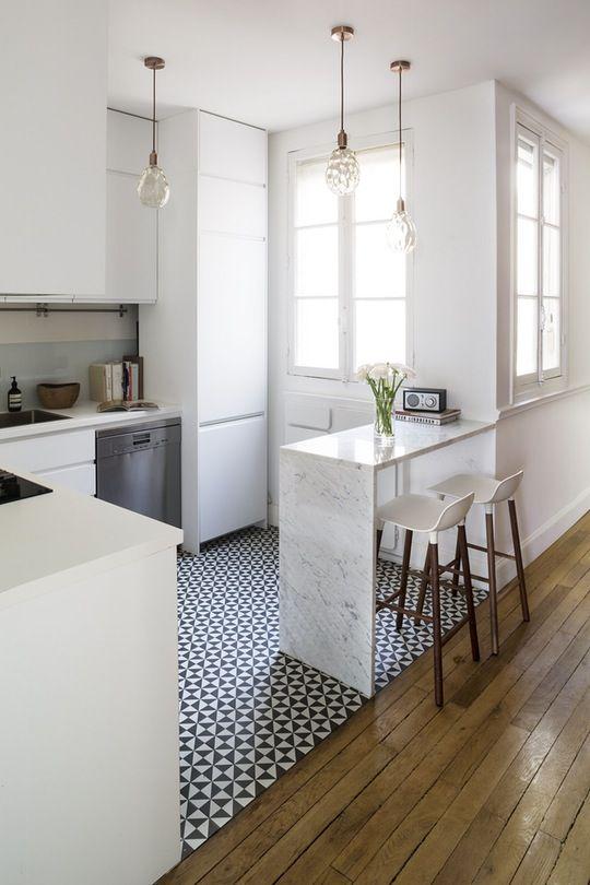 carreaux-de-ciment-cuisine-blanche
