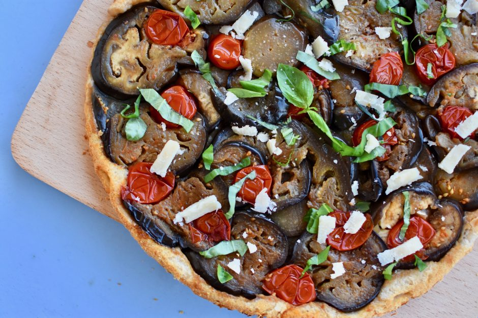 tarte-aubergines-parmesan-basilic