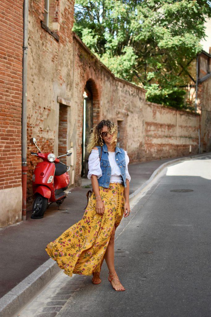 jupe-jaune-à-fleurs
