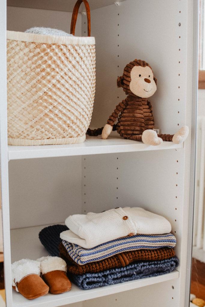 peluche-singe-jellycat-chambre-bébé