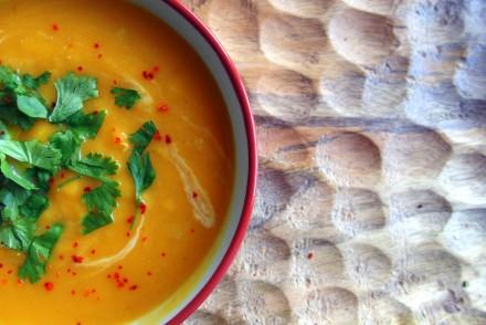 soupe thaï soupe lentilles corail potiron patate douce recette asiatique thaïlandaise recette healthy curry thaï