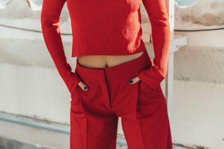 comment-porter-du-rouge
